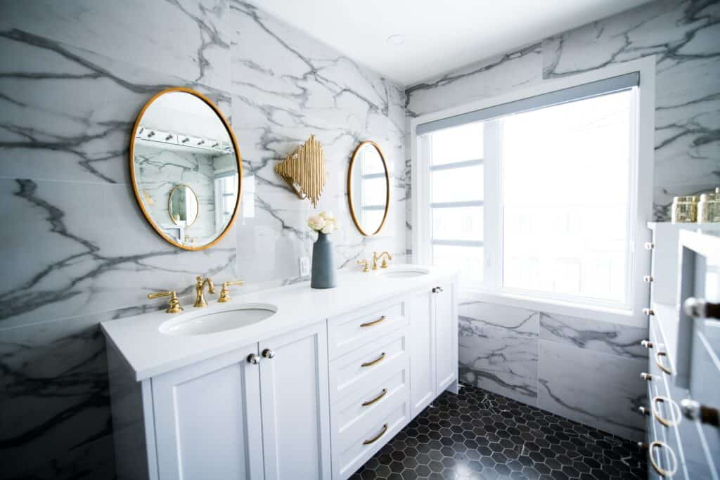 8 Bathroom Renovation Ideas that Will Increase Your Home's Value 4