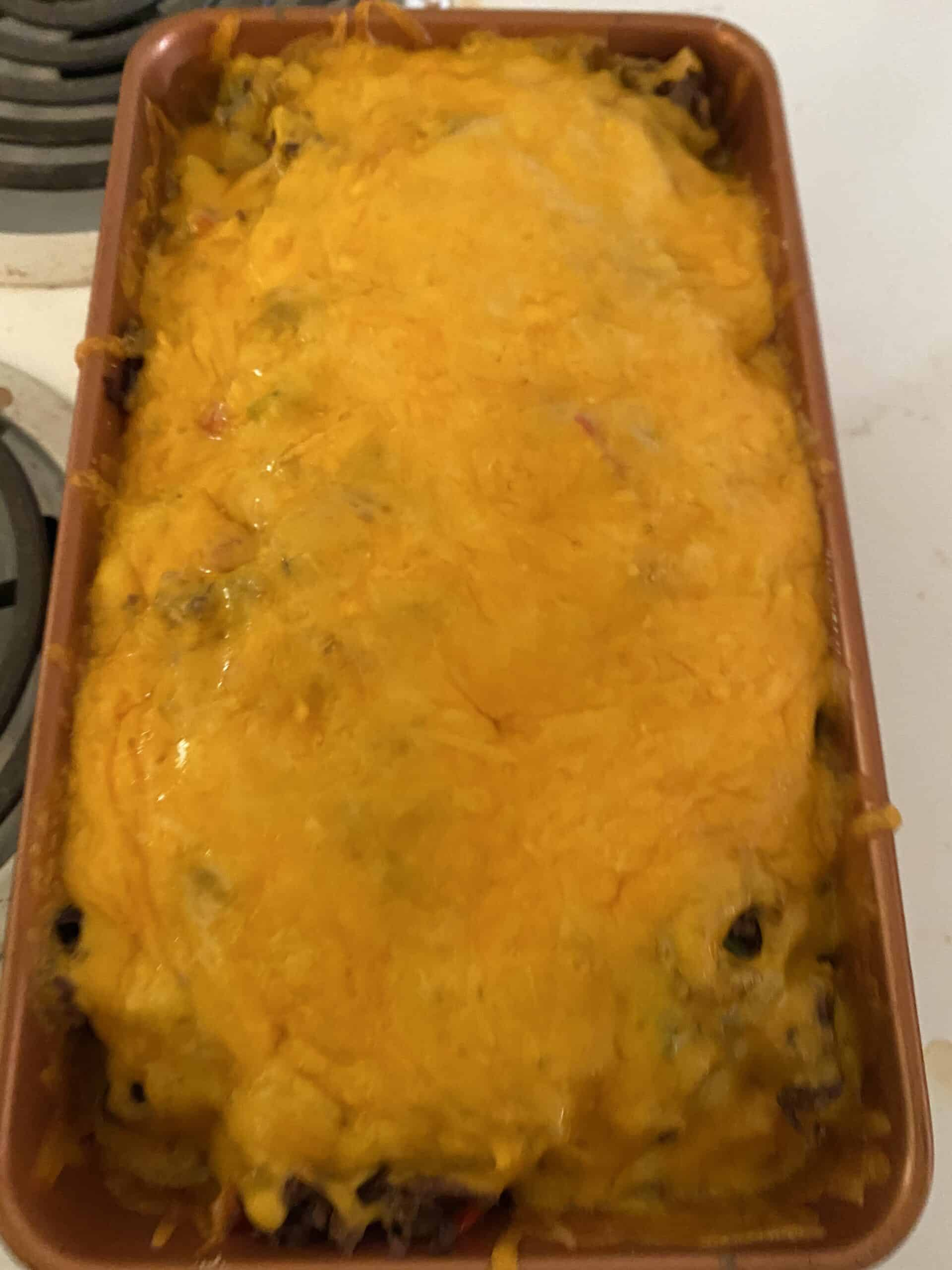 Make this delicious potato philly cheesesteak casserole in a few simple steps. This will make the family happy and full.