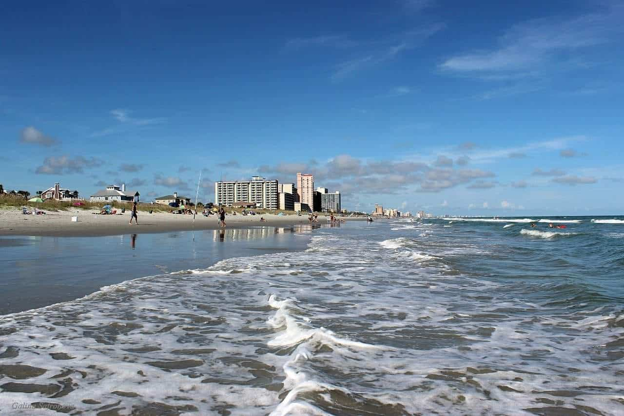 There are so many things to do in Myrtle Beach, SC! Here are the top attractions in Myrtle Beach, SC that we have done with our kids. #myrtlebeach #sharinglifesmoments #travel #familytime